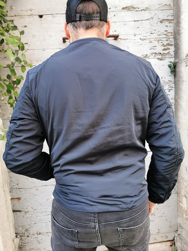 VESTE COUPE VENT NOIR-BLANC--VON DUTCH (3)